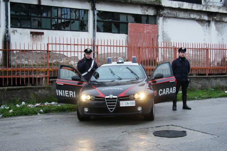 Due salernitani aggrediscono un parcheggiatore abusivo - aSalerno.it