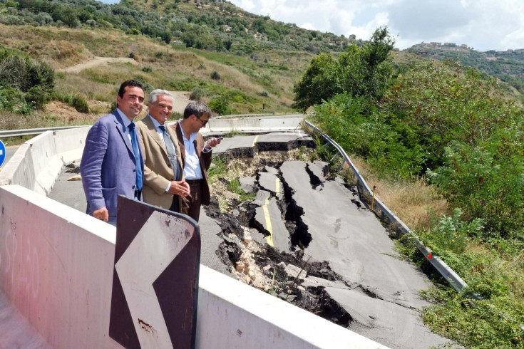 Strade dissestate in provincia di Salerno: interviene la Regione - aSalerno.it