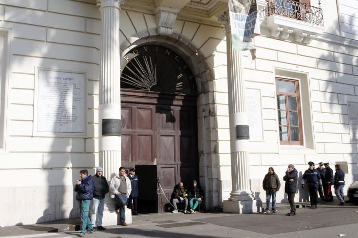 In agitazione i dipendenti della Provincia di Salerno - aSalerno.it