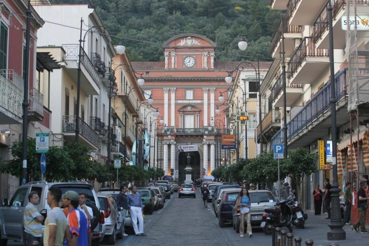 Ragazzina scomparsa a Sarno, ritrovata a Napoli dalla Polizia - aSalerno.it