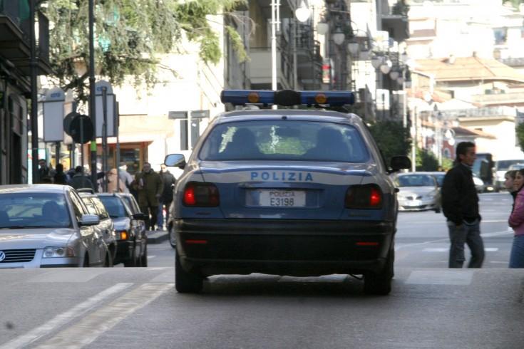 Salerno, fermata la vendita abusiva per 50 extracomunitari - aSalerno.it