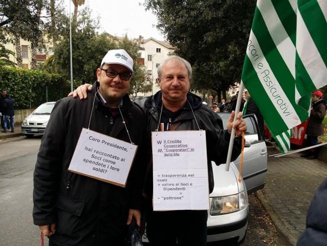 Sportelli chiusi per le Bcc: i lavoratori scendono in piazza - aSalerno.it