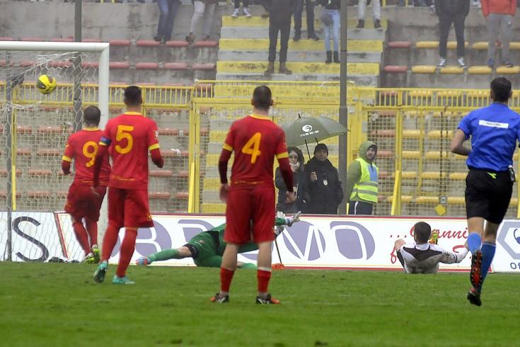 """Cristea come Lazzaro, Salerno """"impazzisce"""" per il rumeno - aSalerno.it"""