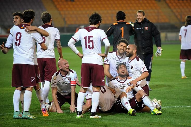 Granata subito in campo dopo la vittoria di Lecce - aSalerno.it
