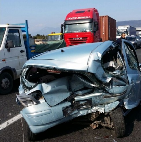 Incidente sull'autostrada A3, giovane di San Cipriano rischia la vita - aSalerno.it