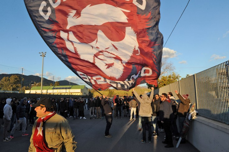 Salernitana, gli ultras al Volpe per incitare la squadra - aSalerno.it