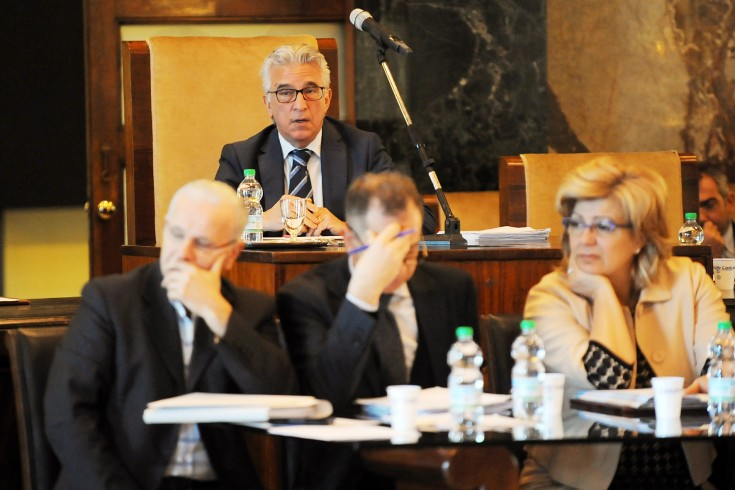 """Il Consiglio Comunale ha deciso: quasi tutte le """"partecipate"""" nella Salerno Energia - aSalerno.it"""