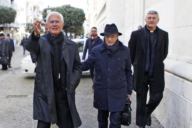 Confermato il sequestro dei beni nei confronti di monsignor Scarano - aSalerno.it