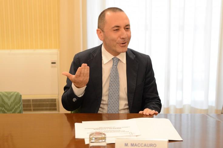 """Maccauro agli aspiranti governatori: """"Eliminare Irap e Irpef"""" - aSalerno.it"""