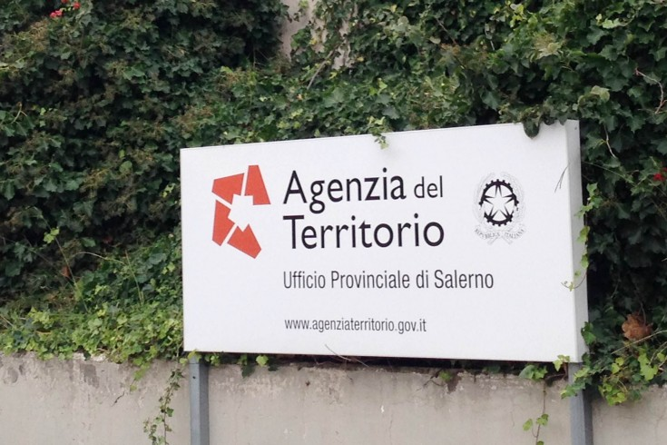 Nei guai due dipendenti dell'Agenzia delle Entrate di Salerno, rubavano marche da bollo - aSalerno.it