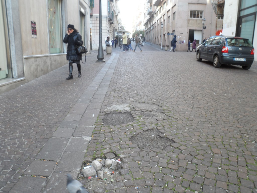 Corso Vittorio Emanuele: la pavimentazione.