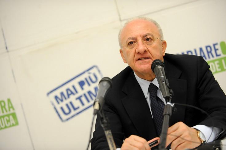 """Accuse di Saviano, De Luca: """"Dice solo sciocchezze"""" - aSalerno.it"""