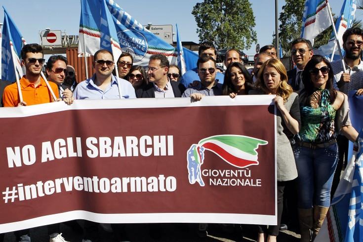 """""""Sbagliato far sbarcare i migranti"""" - aSalerno.it"""