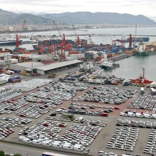 porto commerciale salerno