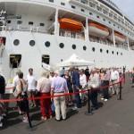 molo manfredi nave crociera turisti