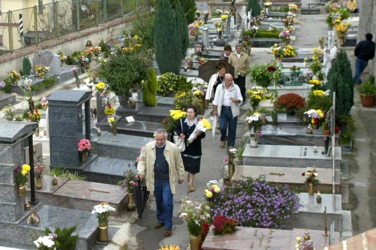 Roccapiemonte, tenta rapina al cimitero - aSalerno.it