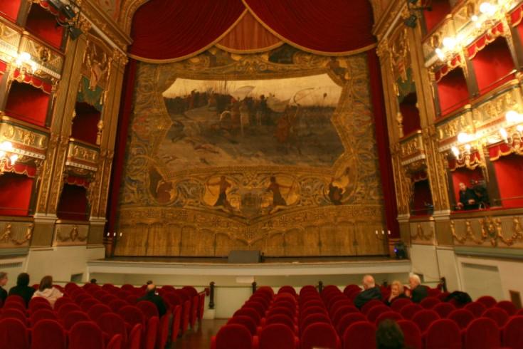 La Traviata chiude la Stagione lirico-sinfonica 2017 al Teatro Verdi - aSalerno.it