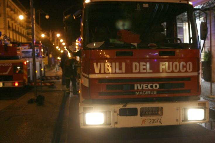 Bombola di gas esplode nella notte a Battipaglia - aSalerno.it