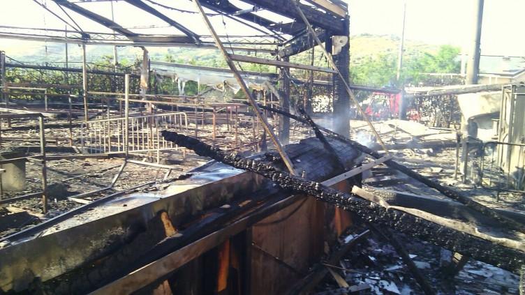Castellabate, in fiamme il San Pietro Music Hall - aSalerno.it