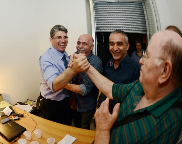Abusivismo edilizio: il sindaco di Cava sostiene De Luca - aSalerno.it