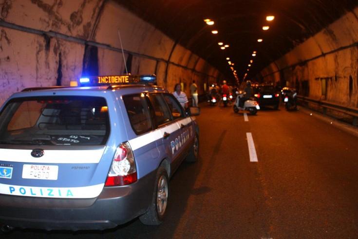 Tre auto coinvolte, maxi incidente sulla tangenziale - aSalerno.it