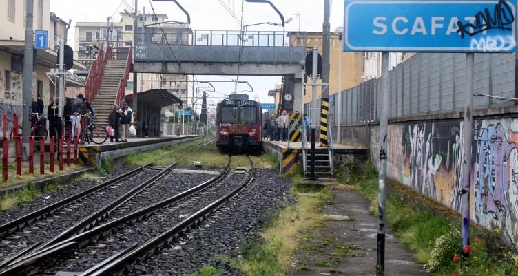 Scafati, due giovani tentano rapina alla stazione - aSalerno.it