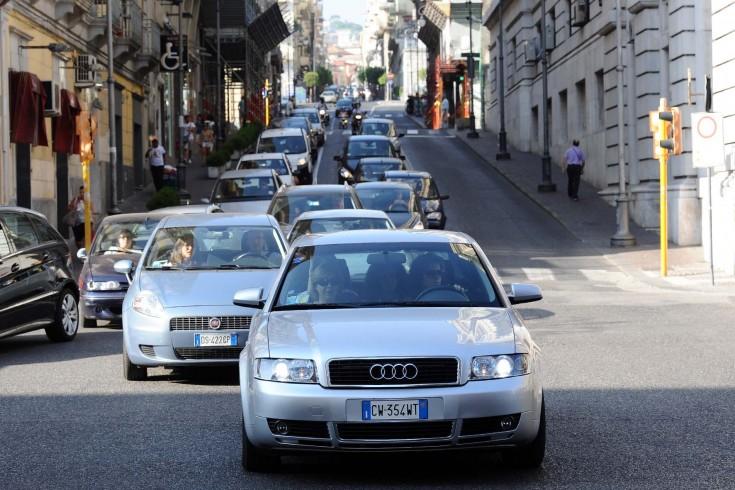 Ancora traffico in tilt per i lavori su via dei Principati - aSalerno.it