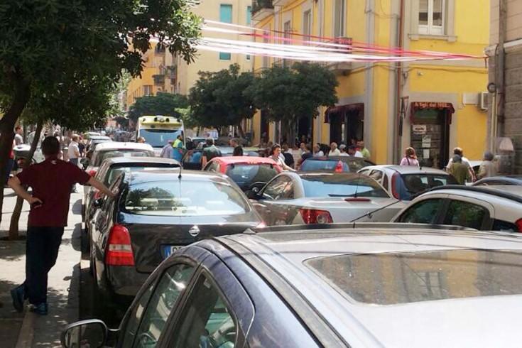 Automobilista accusa un malore: traffico in tilt nella zona Carmine - aSalerno.it