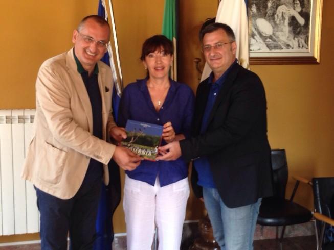 L'ambasciatrice romena incontra il sindaco Cariello - aSalerno.it