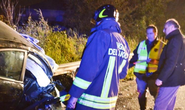 Impatto violento tra auto e scooter a Mariconda, un ferito - aSalerno.it
