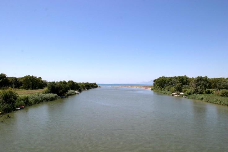Cilento, scarichi illegali nel fiume Sele - aSalerno.it