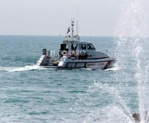 SAL - 08 05 2011 edercitazioni guardia costiera (foto Tanopress)