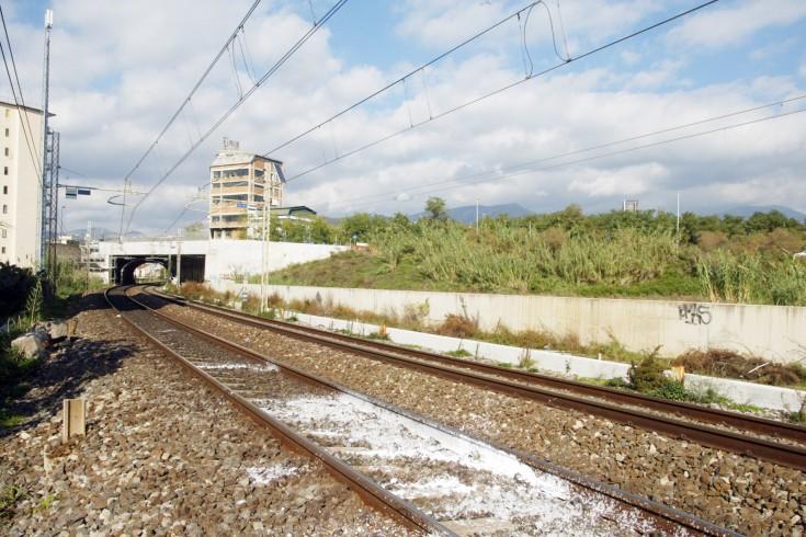 Salerno: disagio alla stazione, fermo il regionale 2427 - aSalerno.it