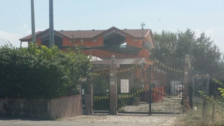 Eboli, sigilli in una villa per abusivismo edilizio - aSalerno.it