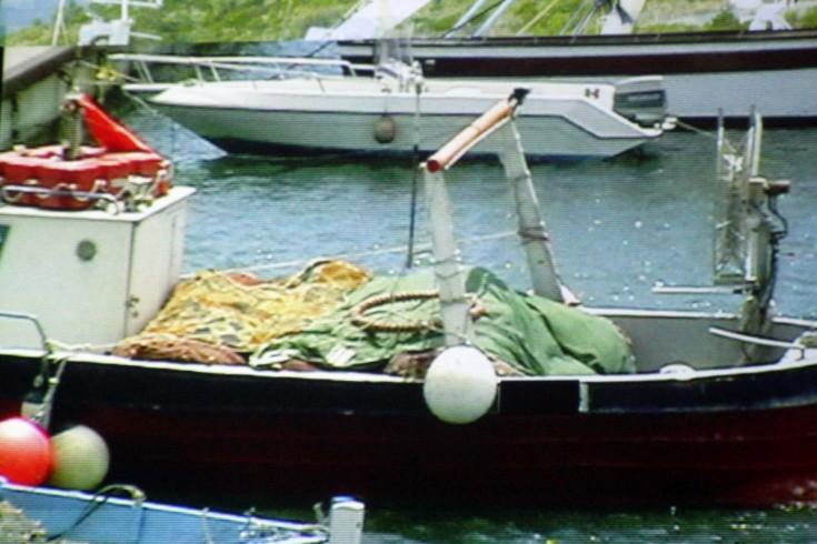 Pesca illegale al porto Masuccio Salernitano - aSalerno.it