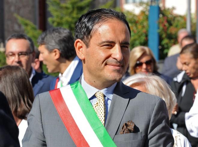 Scafati, il sindaco Aliberti indagato per abuso d'ufficio - aSalerno.it