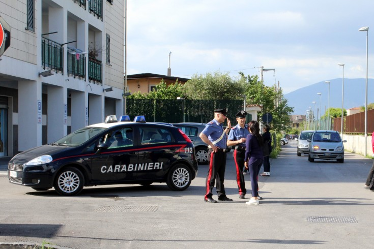 Eboli, suicidio in via Lodato - aSalerno.it