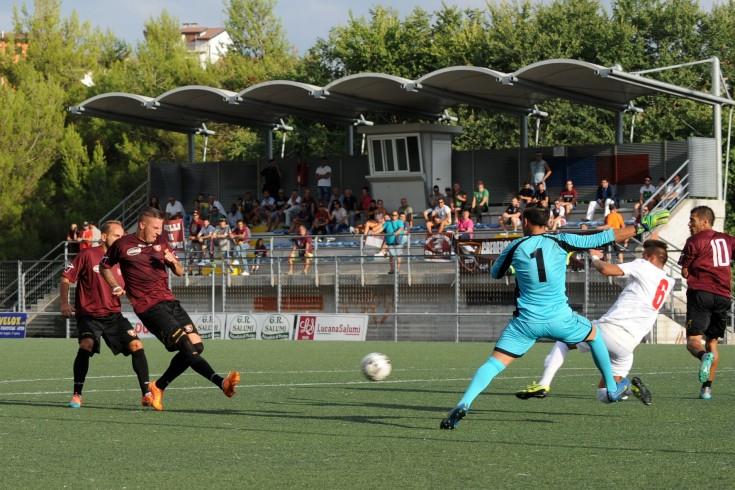 Finisce 2-1 per i granata il primo tempo del test col Picerno - aSalerno.it