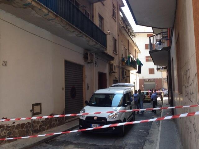 Mercato San Severino, giovane strangola la madre e la sorella - aSalerno.it