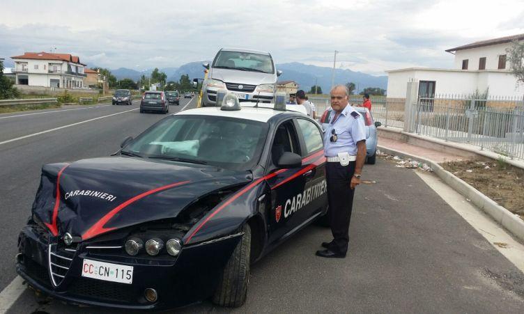 Eboli: impatto sulla Statale 18, coinvolta una volante dei carabinieri - aSalerno.it