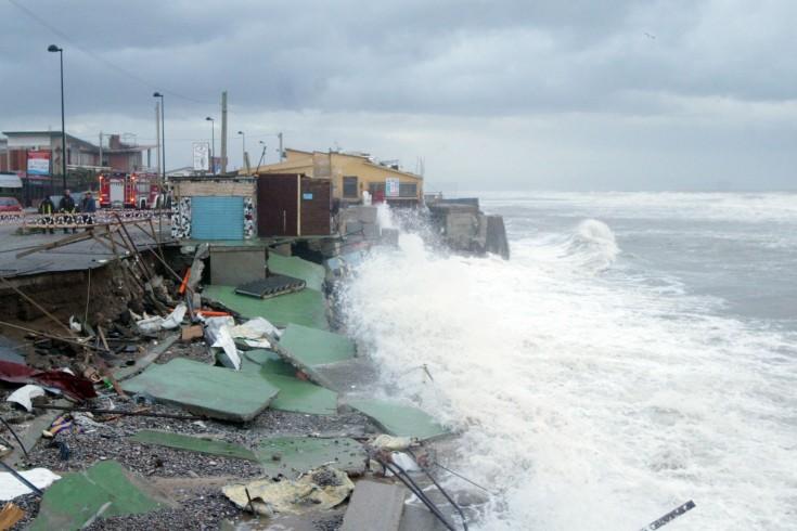 Maltempo, danni a strutture balneari e strade allagate - aSalerno.it