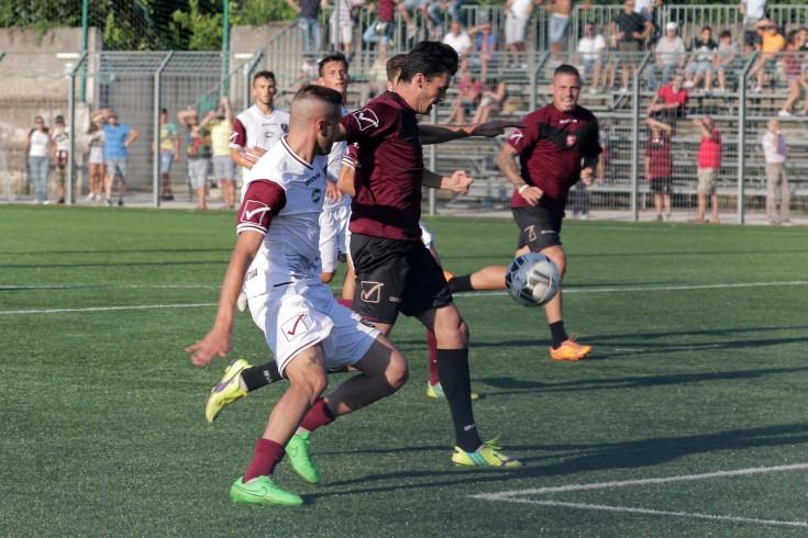 Infortunio per Colombo durante il test vinto 5-1 con la Primavera - aSalerno.it