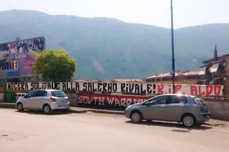 Striscione degli ultras della Nocerina per Aldo Meroni - aSalerno.it