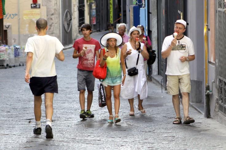 """Turismo a Salerno: il boom degli ultimi 10 anni, i francesi sul podio degli """"innamorati"""" - aSalerno.it"""