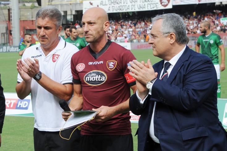 """Lotito difende Torrente ma non i calciatori: """"Arriveranno multe"""" - aSalerno.it"""
