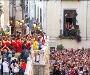 San Matteo processione foto uscita