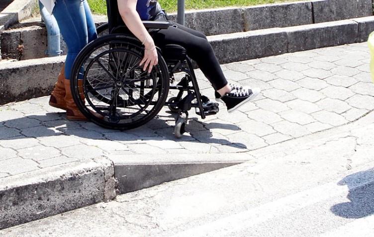 """Cgil: """"Le Commissioni per l'invalidità di nuovo al territorio"""" - aSalerno.it"""