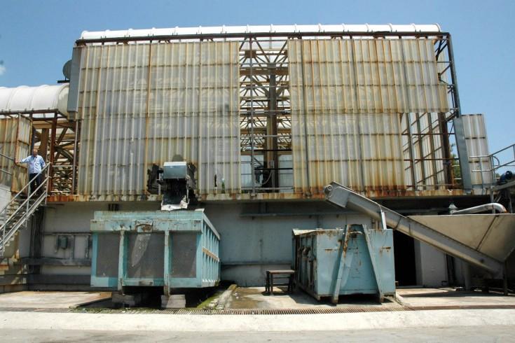 Angri, dipendenti dell'impianto di depurazione incrociano le braccia - aSalerno.it