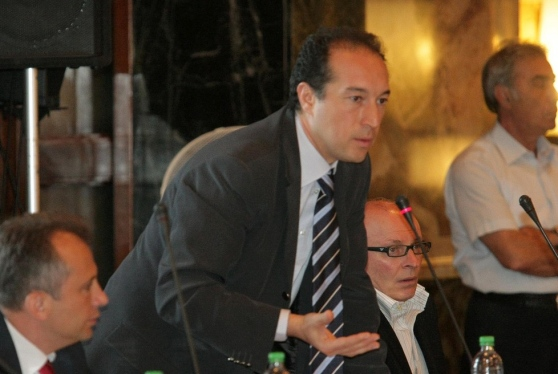 """Autovelox, Adinolfi ribatte:""""Non si scherza con i soldi dei cittadini"""" - aSalerno.it"""