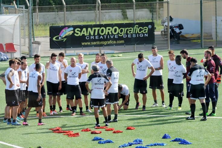 Colloquio squadra-tifosi domani alla ripresa - aSalerno.it